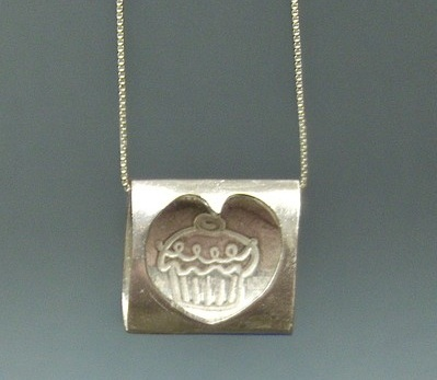 Cupcake necklace by surfingsilver